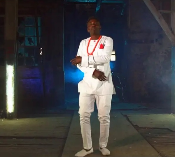 get terms related to a document in lucene